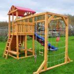 Как обустроить детскую игровую зону перед домом